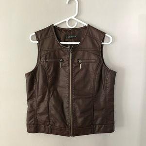 Brown faux leather vest size PL